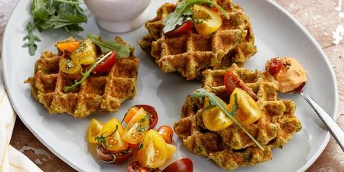 12 интересных блюд, которые можно приготовить в вафельнице