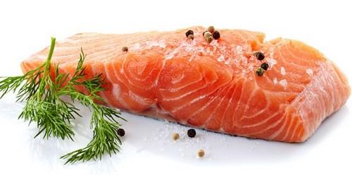 10 необходимых продуктов для мужчин и женщин за 50