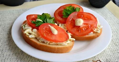 5 рецептов сытных бутербродов для перекуса