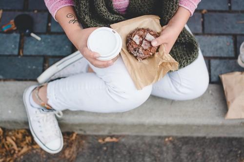 Быстрые перекусы – польза и вред, можно ли есть на ходу?