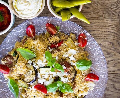 7 теплых салатов которые согреют в холодную погоду