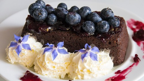 7 восхитительных лакомств с использованием замороженных ягод