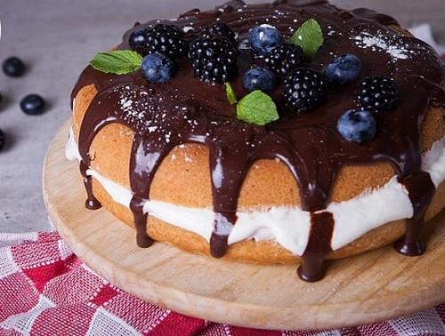 4 рецепта бисквитного торта в мультиварке