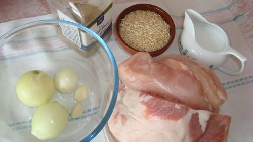«Колючие ежики» из фарша – 3 варианта приготовления
