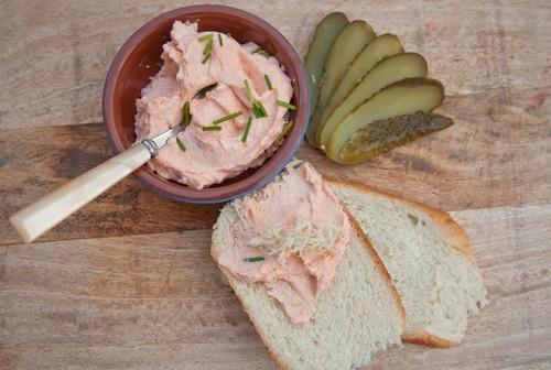 Все ради бутербродов – 3 варианта рыбного паштета из горбуши