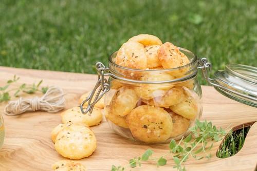 Сырное печенье – 3 простых рецепта приготовления