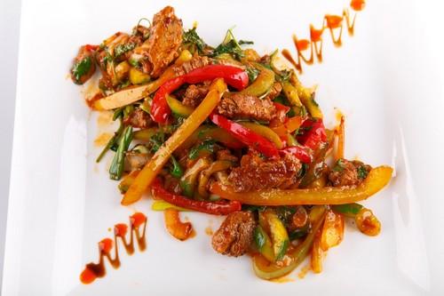 Салатик с огоньком – 4 простых рецепта острых салатов