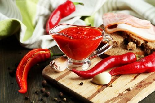 Добавь огонька – 3 простых рецепта острого соуса