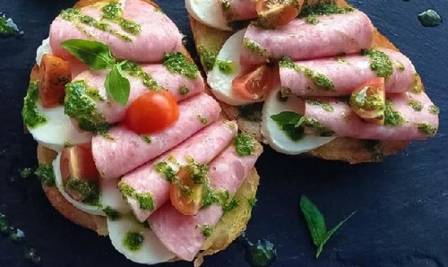 10 способов разнообразить бутерброд с колбасой