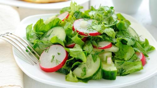 салат из редиса с мятой