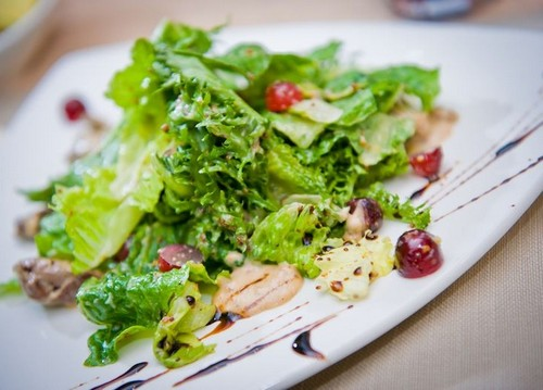 3 необычных салата с листьями салата