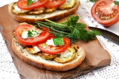 Летние бутерброды – 4 простых рецепта