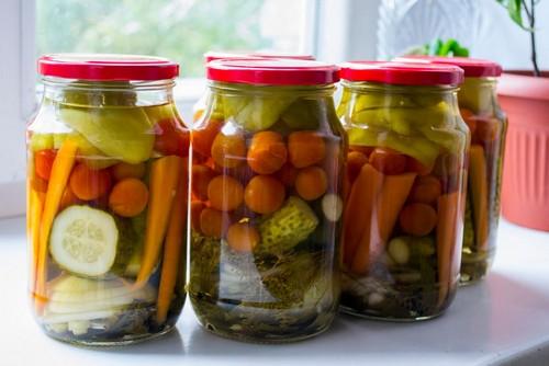 Салаты на зиму – 7 простых рецептов заготовок