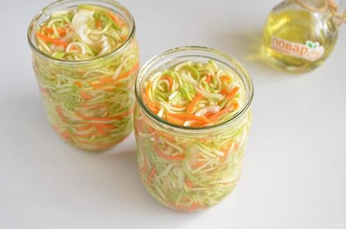 3 простых салата с кабачками на зиму