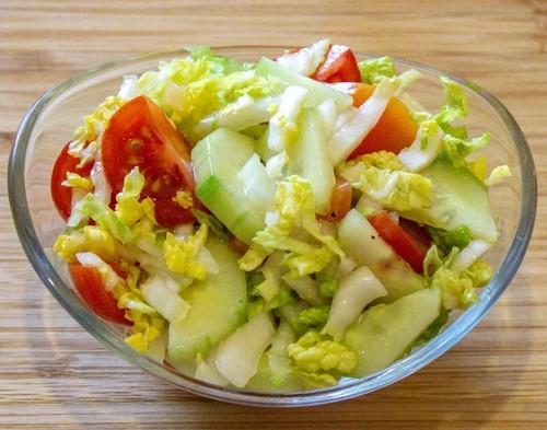 Прямо с грядки – 3 летних салата из китайской капусты