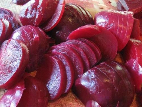 Как сохранить цвет свеклы при варке: 5 простых лайфхаков