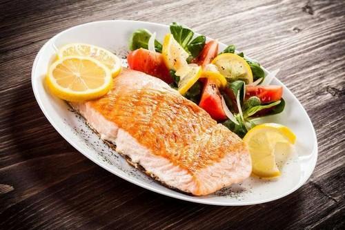 7 причин обогатить свой рацион рыбой