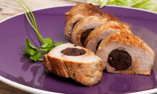 Фаршированная свинина в духовке – стандартный рецепт и 3 варианта наполнения