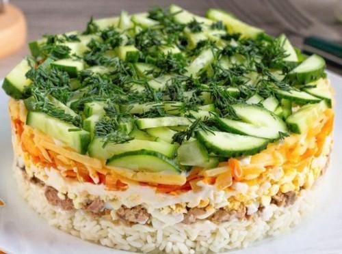 Три вкусных салатика с печенью трески – разнообразьте свое меню
