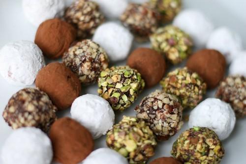 Колбаса, ириски, трюфели из детской смеси: или как в Советском Союзе готовили сладости