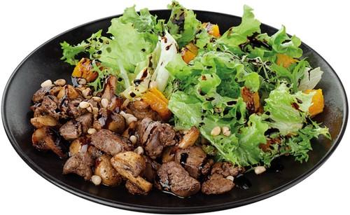 От диетического к сытному – три рецепта куриного салата