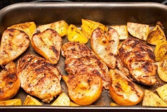 Как приготовить картофель с фруктами: 3 свежие идеи для необычного ужина