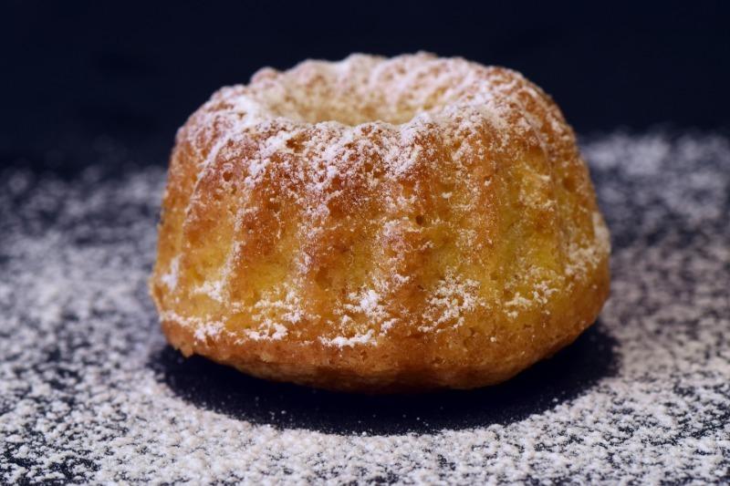 Как испечь высокий и пышный бисквит, который не осядет через 10 минут