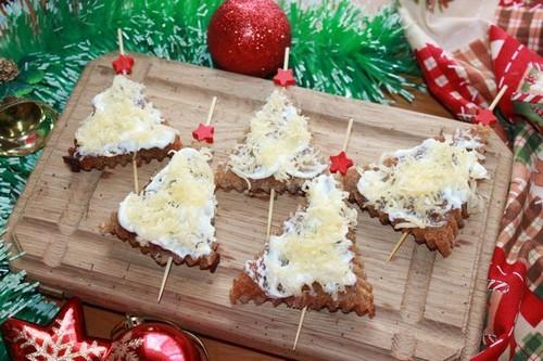 Закусочные гренки: 7 быстрых вариантов к новогоднему столу в год Быка