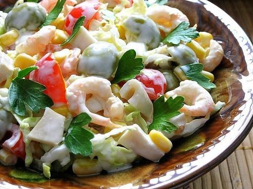4 интересных блюда с пекинской капустой и морепродуктами к новогоднему столу 2021